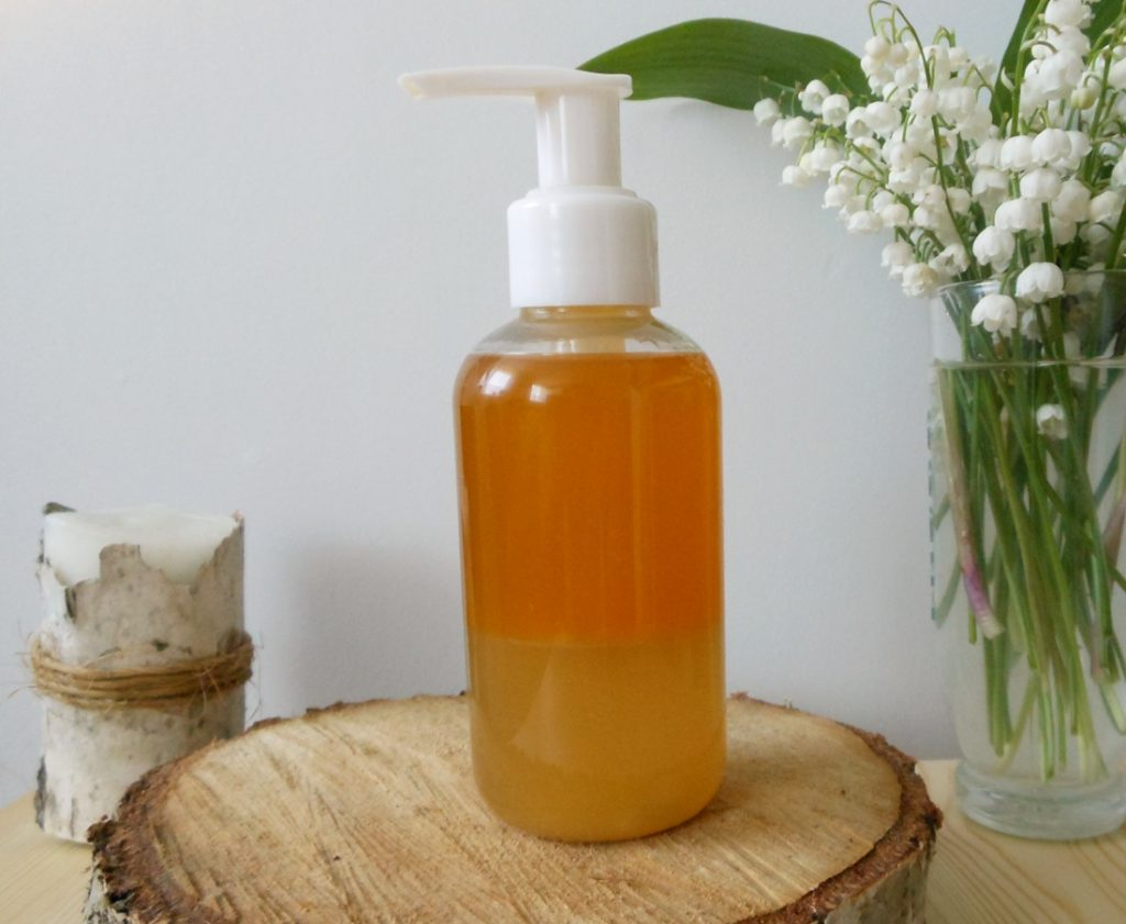 dwufazowy olejek z kwiatów kasztanowca