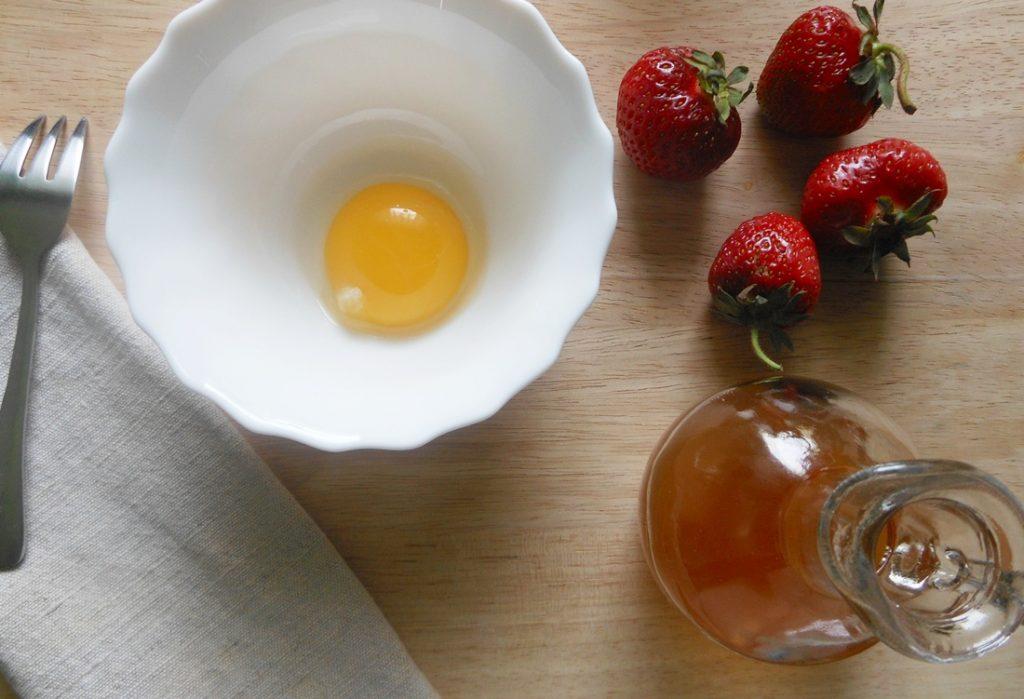 maseczka przeciwzmarszczkowa z truskawek